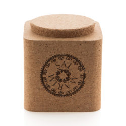 <strong>MEDITERRANEAN SEA SALT IN A CORK BOX</strong>