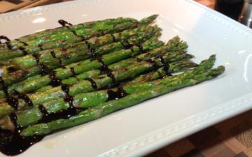 Grilled Asparagus with Balsamic Vinegar Glaze Recipe